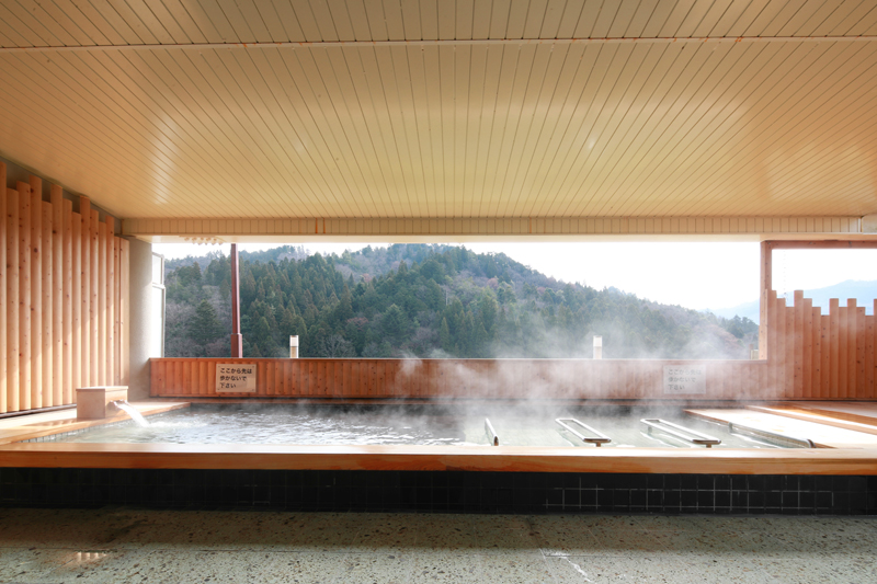 Ayabe Onsen, hot springs in the forest 3