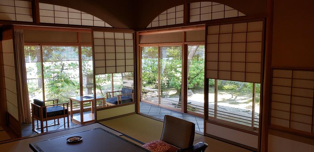 Monjuso Shourotei, architectural elegance 1