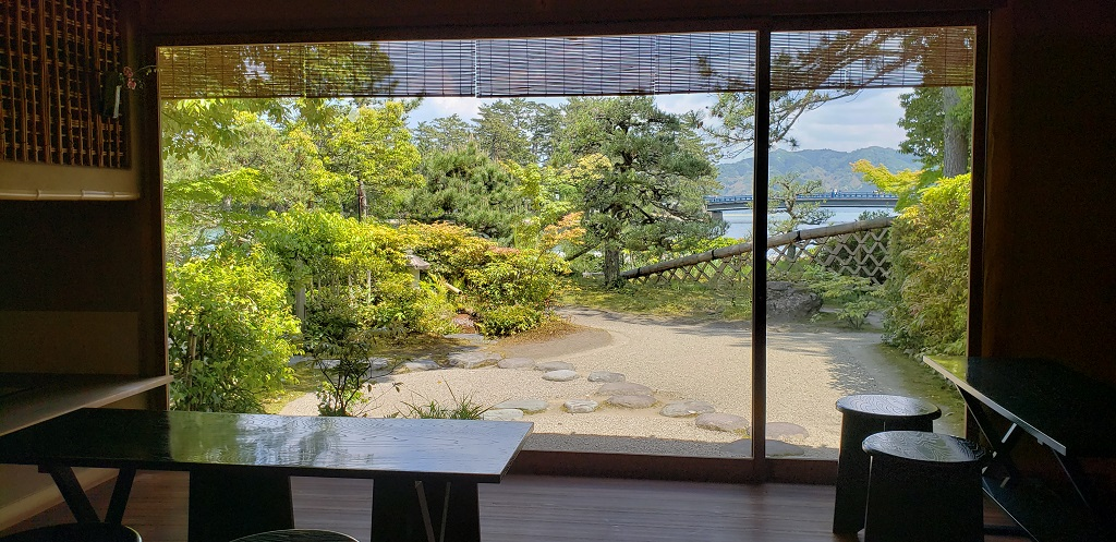 Monjuso Shourotei, architectural elegance 2