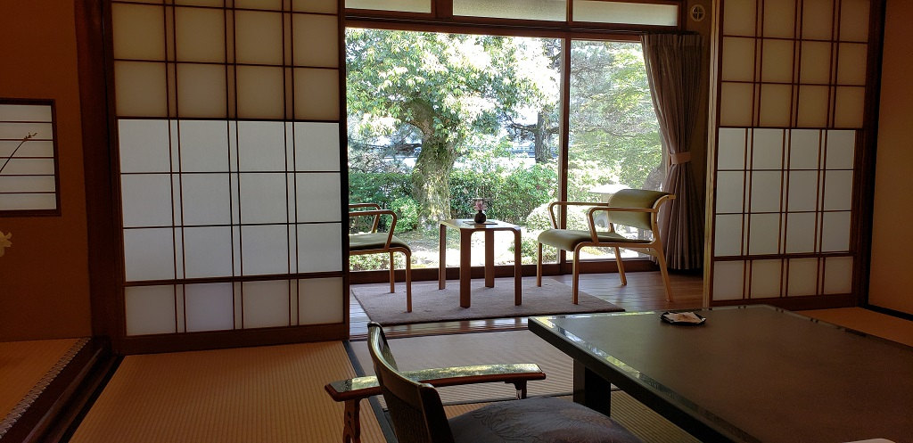 Monjuso Shourotei, architectural elegance 3