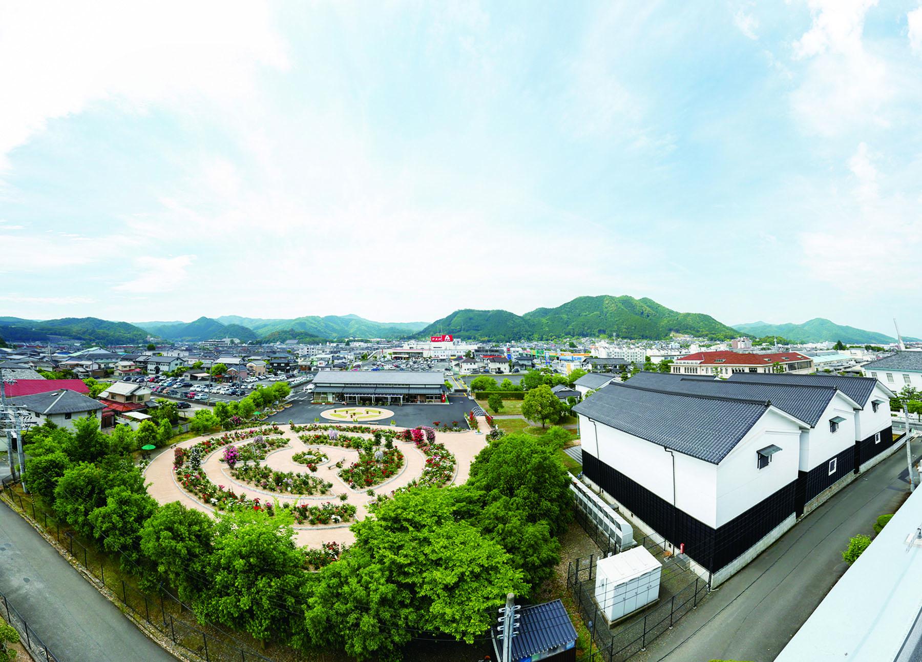 Ayabe Gunze Square 1