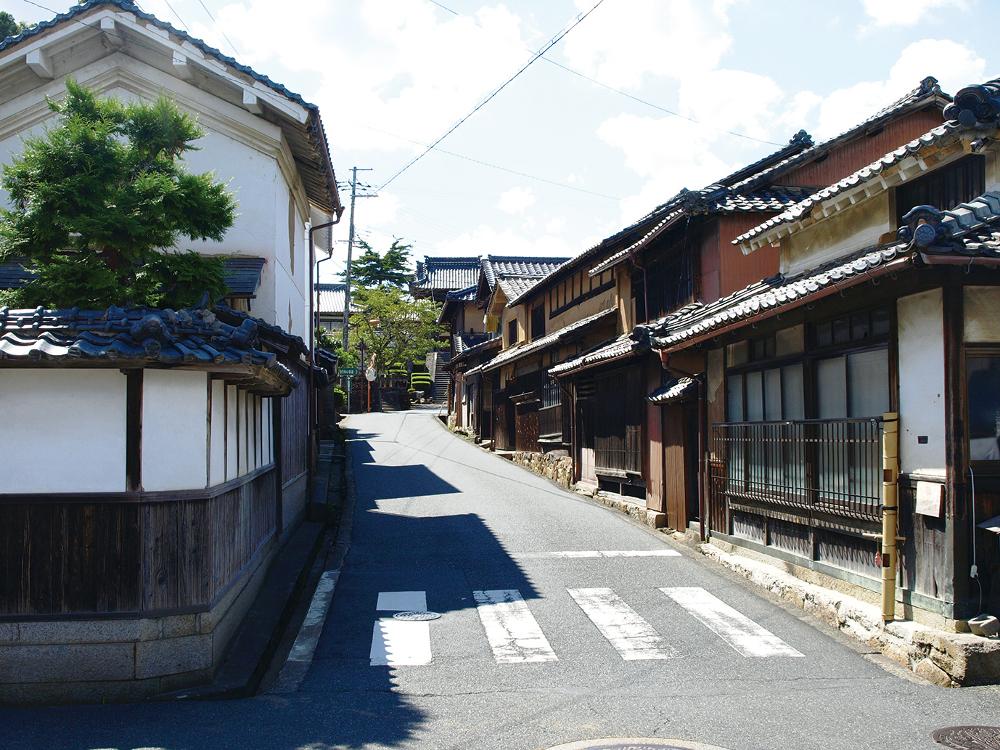 """Chirimen Kaido """"300 years woven in silk"""" 1"""