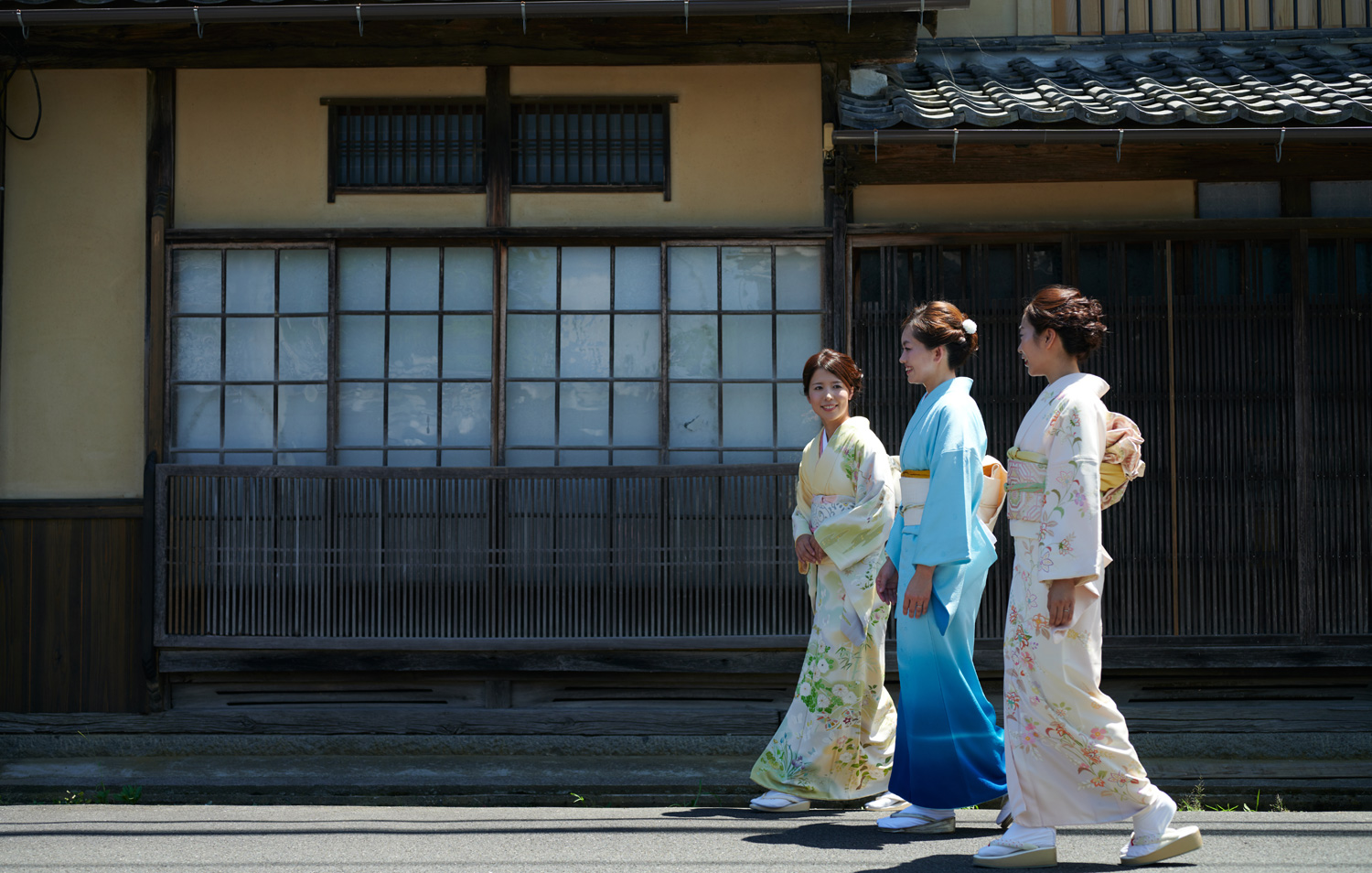 "We make a tour of kimonos in the town of Tango Chirimen, Yosano Town ""Chirimen Kaido"""