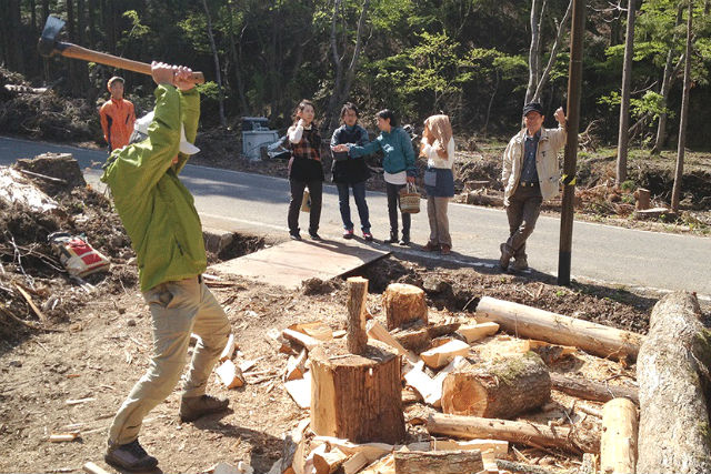 Firewood stove user must see it! OK that we take away! Wood-splitting experience, lunch is gibier dishes!