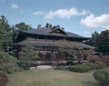 吉村家別荘(桜山荘)