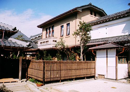 旧尾藤家住宅